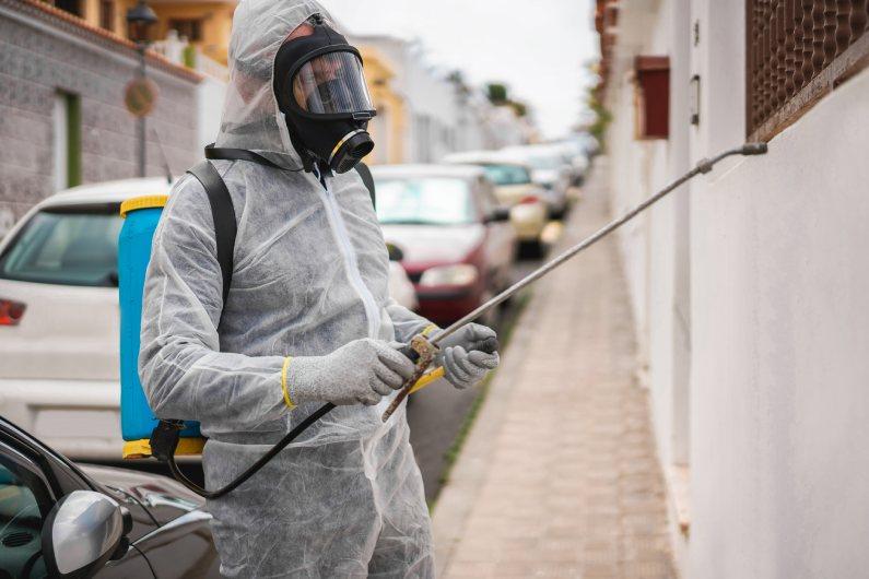 Sanitização para shoppings: prepare-se para a reabertura